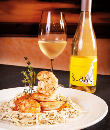 Clube Paulistano - Vinho-King-Rabbit-Blanc-a